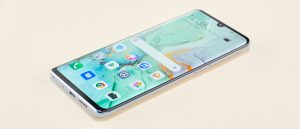 Huawei creates storm in mobile market with P30 Pro